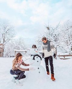 I love winter! uploaded by itshanna on We Heart It Winter Couple Pictures, Snow Pictures, Winter Photos, Cute Pictures, Winter Date Ideas, Cute Date Ideas, Cute Couples Photos, Cute Couples Goals, Winter Photography