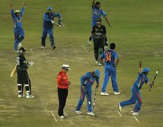 A high-pressure semi-final against Pakistan. India stumbled to 260 thanks to atrocious catching from Pakistan, who dropped Sachin Tendulkar four times during his 85. Pakistan progressed to 103 for 2 in their chase, before the collapse began. India secured a place in the final by 29 runs.  #WorldCup2011 #Cricket