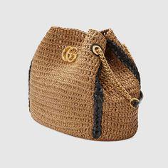 beige raffia effect GG Marmont large tote bag Haute Couture Bags, Accesorios Casual, Designer Totes, Designer Purses, Designer Handbags, Crochet Clutch, Cute Handbags, Basket Bag, Small Shoulder Bag