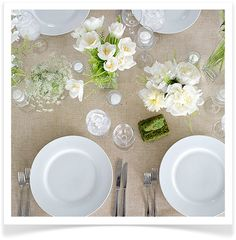 love this wedding table setting