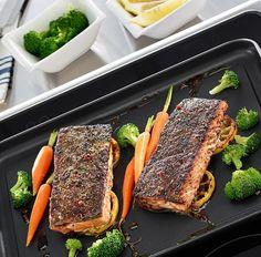 Een Valira Bakplaat koop je snel en voordelig bij Cookinglife! Cooking Appliances, Meatloaf, Steak, French Toast, Salmon, Breakfast, Food Photography, Restaurants, Planks