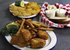 Fish Fry, Wisconsin Foods, Tap Milwaukee, Fish Fries, Milwaukee Area, Entertainment, Wisconsin Recipes