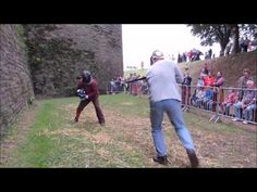 German longsword 44 Stephen and Thibault sparring at Pontivy 2016
