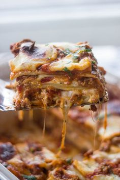 Who's up for a warm slice of lasagna?!  Ever since I can remember I've always been in love with lasagna. I don't know if it's all the comforting layers or the stretchy mozza…