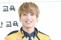 Jungkook ❤ Jungkook's Graduation Day! Kookie has Graduated from SOPA - School of Performing Arts! (170207) #BTS #방탄소년단
