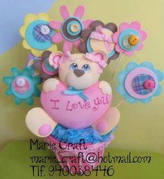 Varios: Bebés, arreglos para bebés, escolares tomados de la WEB... :: RT Decoraciones y algo más... Foam Crafts, Diy And Crafts, Ideas Para Fiestas, Balloon Decorations, Be My Valentine, Kids Decor, Paper Piecing, Easter Crafts, Cupcake Toppers