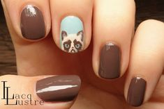 LacqLustre: Grumpy Cat Nail Art Bent You want tard nails! Cat Nail Art, Animal Nail Art, Cat Nails, Love Nails, How To Do Nails, Pretty Nails, Creative Nails, Up Girl, Manicure And Pedicure