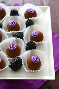 The subtle, fruity notes of the blackberry, pair beautifully with the bittersweet chocolate center. Mini Desserts, Just Desserts, Delicious Desserts, Colorful Desserts, Candy Recipes, Sweet Recipes, Dessert Recipes, Cake Pops, Yummy Treats