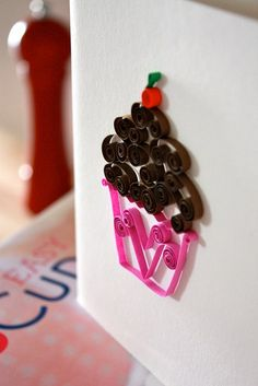 quilled cupcake