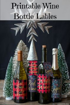 Printable Holiday Wine Labels. Great idea for hosting parties during the holidays. #gift