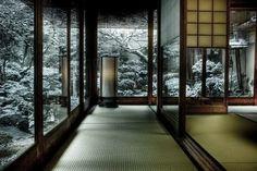 Japan(日本),Samurai(侍) & Life( 生活 ) — Tatami & snowy morning in Kyoto Japanese Style House, Traditional Japanese House, Japanese Interior Design, Japanese Modern, Japanese Design, Japanese Mansion, Japanese Homes, House Seasons, Asian Home Decor