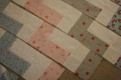 CraftingZuzzy: chevron quilt