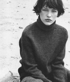 milla jovovich by bob richardson for vogue italia 1997//RAGLAN LOVE//