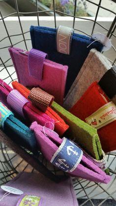 Handytaschen von Katzilla Design.....gibt es bei uns im Laden