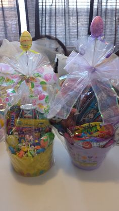 EASTER BASKETS MONSTER HIGH & JAKE AND THE NEVERLAND PIRATES Frozen Easter Basket, Easter Baskets, Pinterest For Business, Neverland, Monster High, Pirates, Blessed, Finding Neverland