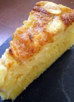 En me promenant sur le site deRecette de Cuisine,j'ai vu une recette de gâteau aux pommes sur le blog de