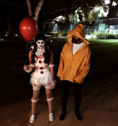 67 Wonderful Halloween Costume & Makeup Ideas For Couples - Page 21 of 67 - CoCohots Couples Halloween, Cute Couple Halloween Costumes, Fete Halloween, Halloween Outfits, Couple Costume Ideas, Women Halloween, Halloween Makeup, Halloween Tipps, Creepy Halloween Costumes