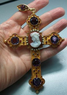 Rarest Hard Stone Cameo of Jesus on a Pectoral Gold Cross