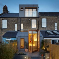 Alma Nac Creates Huge Pivoting Door For London House Extension (Dezeen).  Extérieur ModerneComblesLucarneFenêtre De ToitMaison De VilleAgrandissement  ...