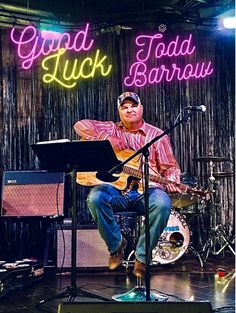 Grammy winner Emmy nominated Texan Country artist and songwriter Todd Barrow is out with the new catchy tune Good Luck. Read more on #NovaMusicblog #GoodLuck #ToddBarrow #newmusic #artwork #musicblog #engagement