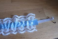 I handmade a garter in May as a gift for a special friend for her wedding day. I thought I'd share with you how to make a bridal garter s...