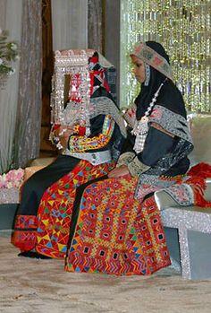 Wedding, southern Saudi Arabia  via Mansoojat foundation