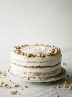 When Kate Spade let me know about their new Orders Up Collection, all of the vintage touches and fun colors inspired me to create an old school eggnog cake! Best Cake Recipes, Sweet Recipes, Dessert Recipes, Christmas Cookies Gift, Christmas Desserts, Homemade Desserts, Homemade Cakes, Eggnog Cake, Pastry Design