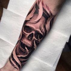 Just Tattoo Evil Skull Tattoo, Skull Sleeve Tattoos, Half Sleeve Tattoos For Guys, Skeleton Tattoos, Sugar Skull Tattoos, Body Art Tattoos, Hand Tattoos, Hipster Tattoo, Biker Tattoos