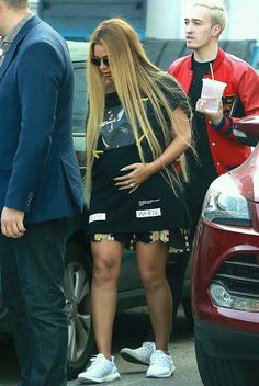 Black Celebrities, Celebs, King B, Beyonce Braids, Simply Fashion, Beyonce And Jay Z, Beyonce Knowles, Pregnancy Outfits, Queen B