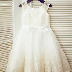 A-line+Tea-length+Flower+Girl+Dress+-+Lace+/+Tulle+Sleeveless+Scoop+with+–+AUD+$+85.79