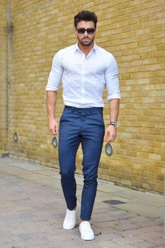 fashion # fashion for men # mode homme # men's wear Body Formal Men Outfit, Casual Outfits, Casual Wear, Fashion Mode, Fashion Outfits, Fashion Trends, Style Fashion, Terno Casual, Men Street
