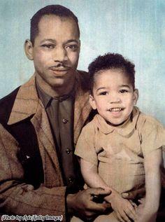 Al Hendrix and his 3 year old son, Jimi Hendrix, 1945 (em)