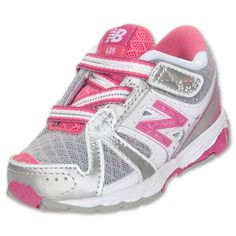 #ToddlerTuesdays New Balance 689 Wide Toddler Shoes at Finish Line!  Shop here http://finl.co/QSjILS $37.99