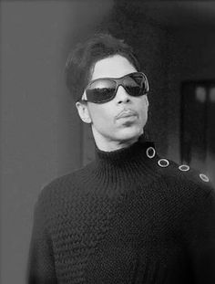 Love this black and white of Prince