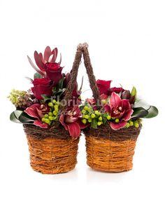 cosuri cu flori, cos cu orhidee, cos cu hypericum si orhidee, cos dragalas cu flori frumoase!