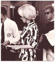 Marilyn en route to Mexico, February 1962.