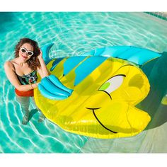 "The only pool floats you need this summer are the ones from ""The Little Mermaid"" Pool Party collection that Disney just released. Disney Little Mermaids, The Little Mermaid, Mermaid Pool Float, Pool Girl, Jeep Rubicon, Jeep Wrangler, Cool Pool Floats, Pool Accessories, Summer Pool"
