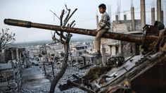 Ο συριακός πόλεμος συνεχίζεται για έκτο χρόνο. Υπάρχει όμως μια ανάγνωση, που δίνει μια άλλη πτυχή στην ιστορία, συνδέοντας τις συγκρούσεις με μια μεγάλη ξηρασία, που προκάλεσε η κλιματική αλλαγή, ...