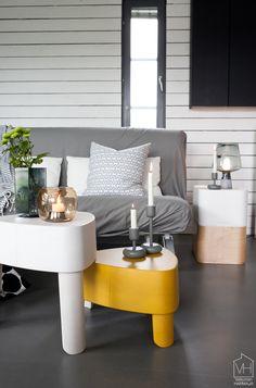 Plektra Kaupallinen yhteistyö: Iittala Tästä alkaa tulla jo tapa, että joka syksy odotan innolla Iittala Interior -sarjan uutuustuotteita. Vakka-laatikot, Aitio-hyllyt ja Lantern sekä Leimu-valaisimet ovat… Outdoor Furniture Sets, Outdoor Decor, Decor, Furniture, Outdoor Furniture, Home, Furniture Sets, Home Decor, Minimalism