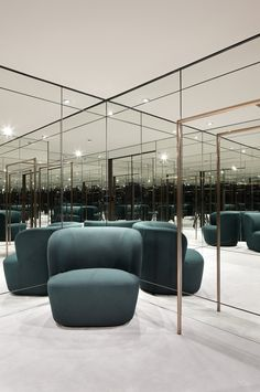 Concept-store Apropos Hamburg, men flagship, fitting room, retail design by Rodolphe Parente