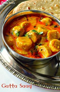 12 Dishes From The Marwari Cuisine Whose Amazing Taste You Will Remember Long After By: Niharika Modi on Oct 2015 SHARES The first word that comes to mind on hearing the word 'Marwari' is 'food', right? The community is well know for their Indian Veg Recipes, Gujarati Recipes, Indian Snacks, Gujarati Cuisine, Gujarati Food, Kashmiri Recipes, Jain Recipes, Indian Appetizers, Turkish Recipes