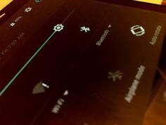 Es oficial: Bluetooth 5 llegará con el doble de velocidad en 2016 y 2017   Bluetooth Special Interest Group anunció el nuevo estándar Bluetooth 5 con cuatro veces su alcance actual y un incremento del 800 por ciento de la capacidad de transmisión de datos.  La organización Bluetooth Special Interest Group (SIG) anunció oficialmente este jueves el nuevo estándar Bluetooth 5.  Bluetooth 5 ofrecerá cuatro veces el rango de distancia actual y dos veces la velocidad de transmisión de datos sin…