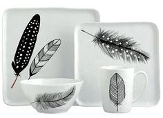 Margaret Berg Art: Black+&+White+Feathers+Set+(Sample+Mock-Up) Pottery Painting, Ceramic Painting, Ceramic Art, Porcelain Ceramics, Ceramic Pottery, China Porcelain, Crackpot Café, Diy Becher, Mug Art