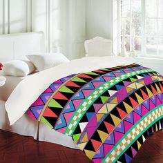 I want this duvet cover!!!