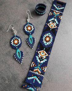 83 Likes, 7 Kommentare - die Fabriken von Anne-Cécile ( o . Loom Bracelet Patterns, Bead Loom Bracelets, Bead Loom Patterns, Beaded Jewelry Patterns, Beading Patterns, Beading Ideas, Bead Jewellery, Seed Bead Jewelry, Seed Bead Earrings