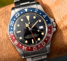 A mirrordial and an unpolished sharp case like a knife; Rolex GMT 1675 gilt with dark and warm patina  #rolex#gmt#1675#giltdial#fashion#style#beauty#beautiful#picoftheday#pictureoftheday#instagood#instalike#instapic#love#vintage#vintagewatch#mondani#ex_omega#mondani#rolexero#vintage#love#vintagelove#