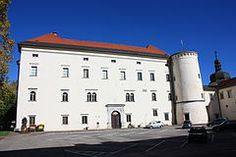 Schloss Porcia (Porcia Castle) is a castle in Spittal an der Drau, in the Austrian state of Carinthia. It is one of the most significant Renaissance buildings in Austria. Carinthia, Austria, Castles, Renaissance, Palace, Scotland, Medieval, Buildings, England