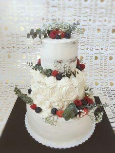 Vintage Naked Cake • Wedding Cake • Eucalyptus • Fresh Berries Cake Wedding, Berries, Naked, Wedding Ideas, Fresh, Desserts, Vintage, Food, Creative Cakes