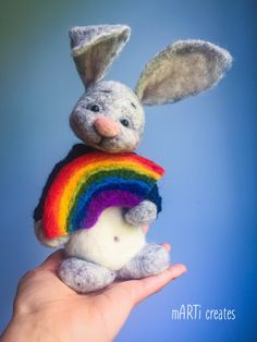 #felting #rainbow Pin Cushions, Needle Felting, Wool Felt, Dinosaur Stuffed Animal, Bunny, Teddy Bear, Joy, Dolls, Create