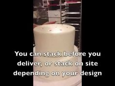 Simple, easy and cheap way to stack your cakes using fat straws instead of bubble straws or dowels Cookies Cupcakes And Cardio, Cupcake Cookies, Cake Pillars, Cake Dowels, Artisan Cake Company, Frosting, Icing, How To Make Wedding Cake, Fiestas